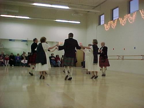 IDD2004Scottish Country Dance