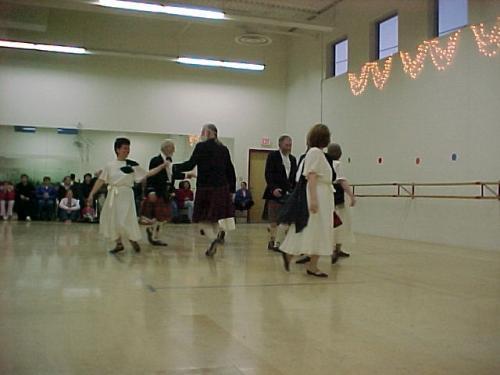 IDD2004Scottish Country Dance2