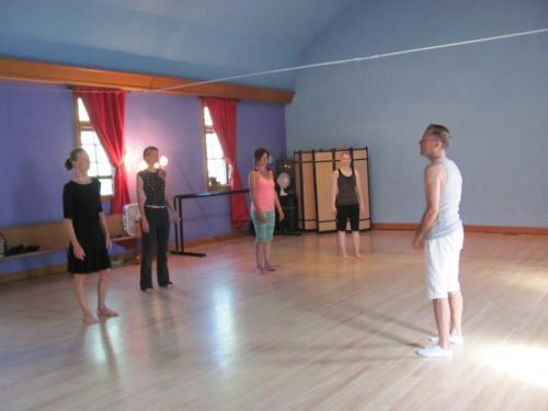 Modern Dance With Graham McKelvie 2012